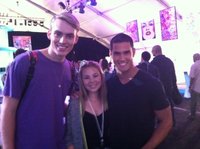 America's Next Top Model Contestants Will & Adam pose for a snap with Lizzie K.